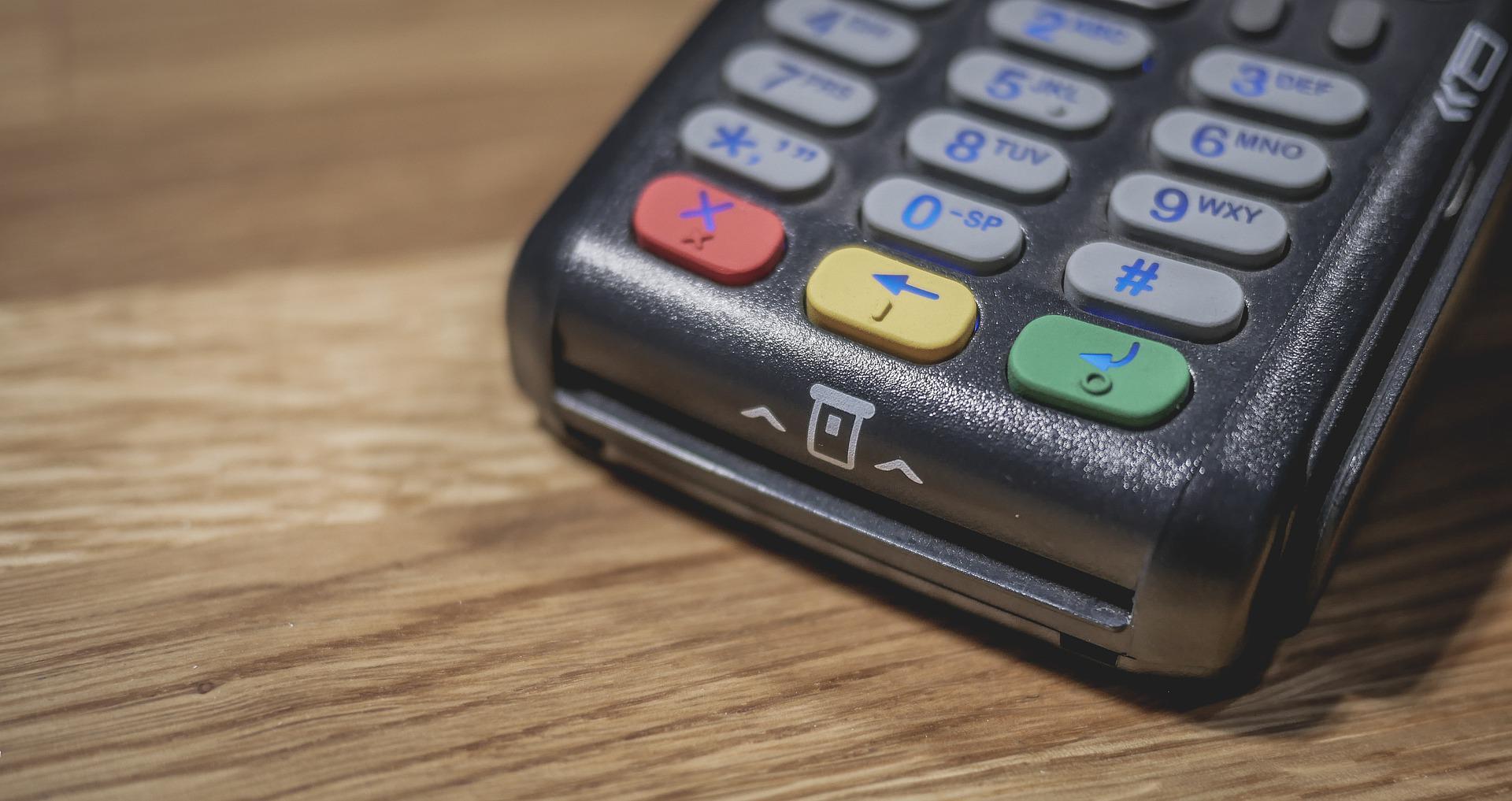Płatności zbliżeniowe telefonem – co warto wiedzieć?