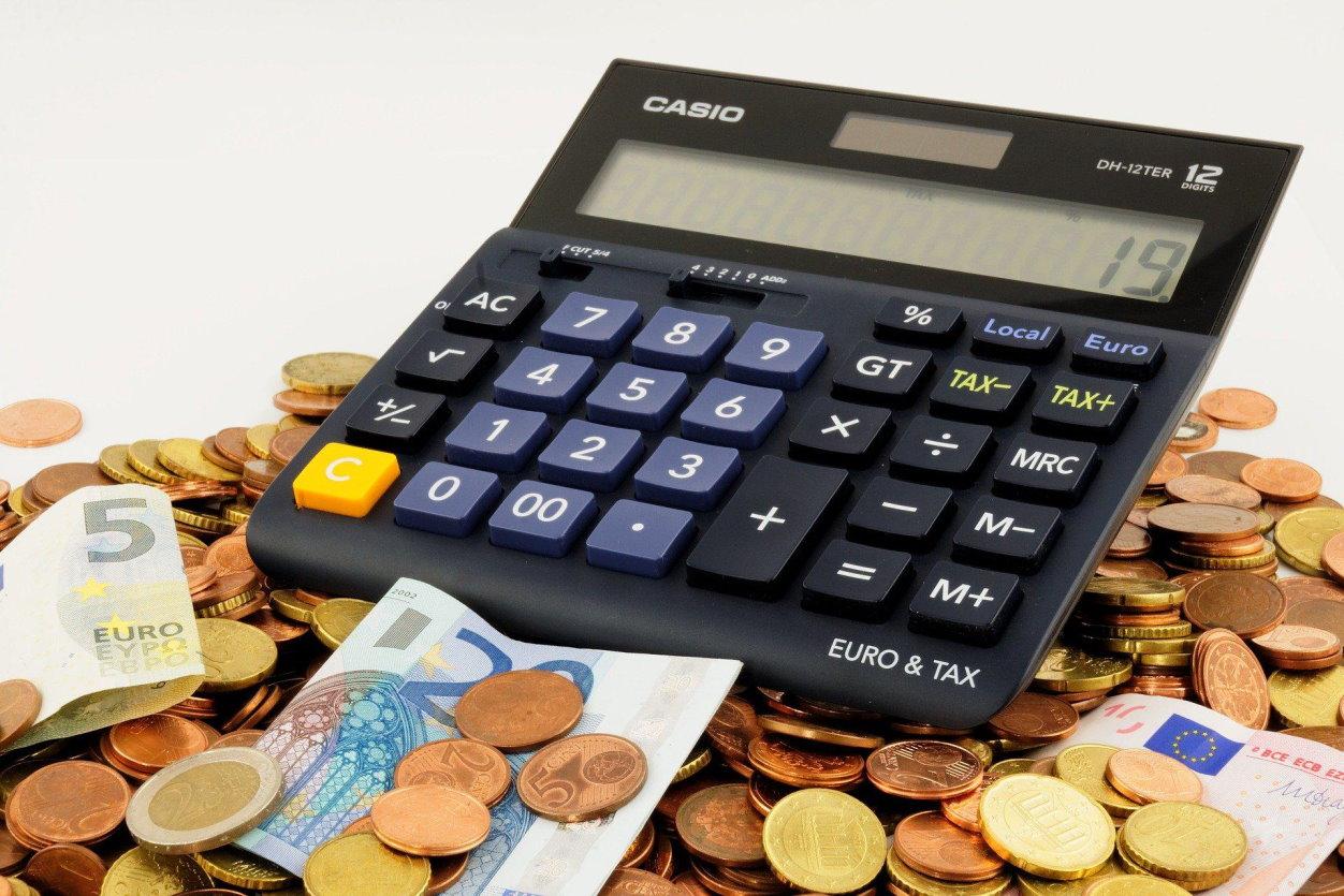 Jak wyjść z długów? Kilka przydatnych wskazówek